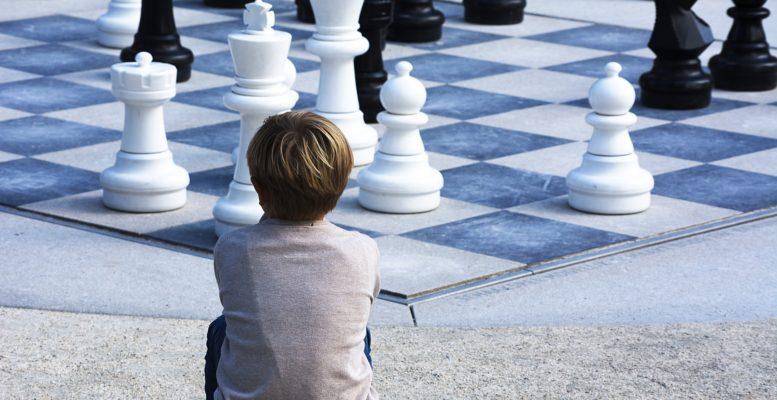 Disleksi Erkek Satranç Peyzaj Çocuk Beyaz Satranç Tahtası