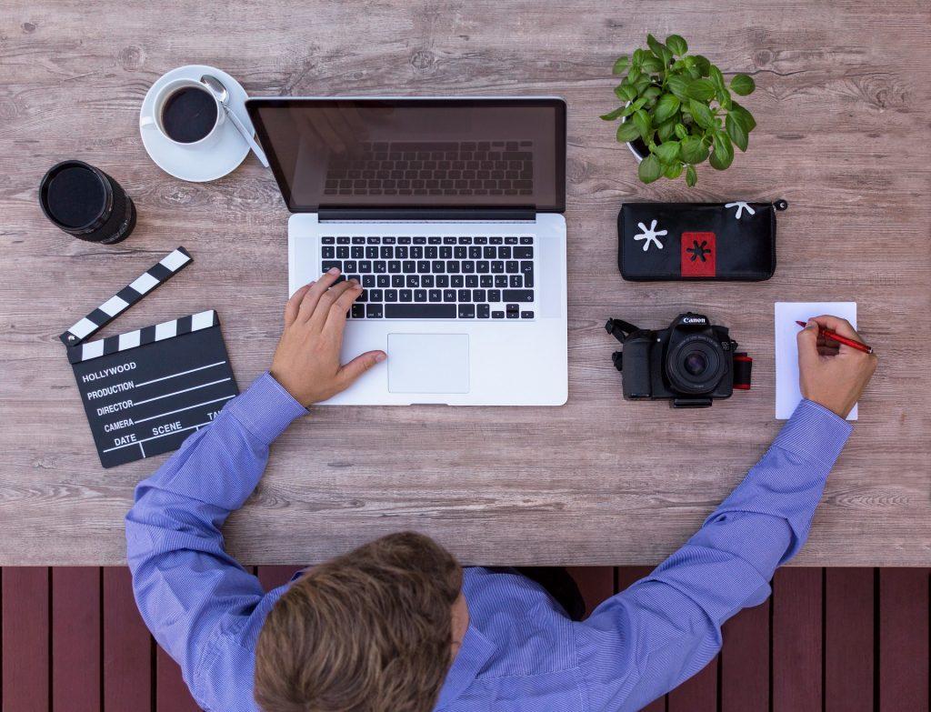 Sinemacı Youtuber Komut Dosyası