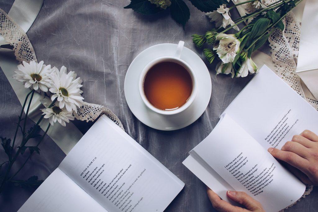 Çay Saati Şiir Kahve