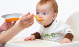 Bebeğiniz İçin Tercih Edebileceğiniz Mamalar ve Çaylar